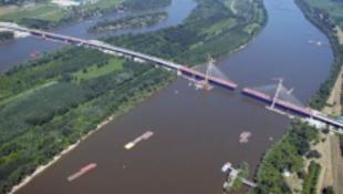Máris lebontják a Megyeri hidat?