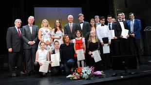 Óriási elismerést kaptak a magyar virtuózok