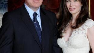Harmadszor nősült meg a királyi család fekete báránya