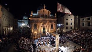 Botrány a Dubrovniki Nyári Játékok nyitó programja körül