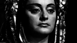 Elhunyt Komlóssy Erzsébet