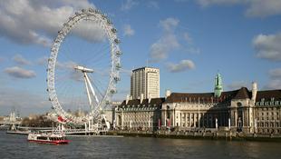 London titkai