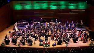 Több mint 100 koncert egy évadban