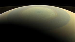 Csodás Szaturnusz-fotókkal zárja az évet a Cassini