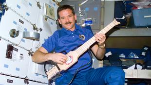 Itt a világ első űrben forgatott videoklipje!