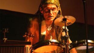 Tragikus hirtelenséggel elhunyt a kiváló zenész