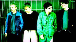 Az író, a sajtkészítő és a rocksztár: ismét összeáll a Blur!