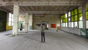 Különös kísérlet egy elhagyott budai gyárban