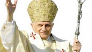 Új szakmában próbálja ki magát a pápa