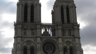 Nagy hangzavar Párizsban