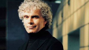 Világhírű karmesterrel zenélt a Tücsökzenekar