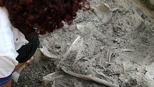 Árpád-kori sírra bukkantak az építkezésen