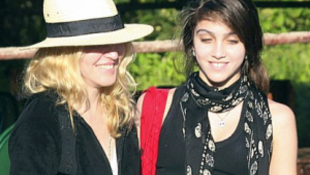 Munkára kényszeríti 13 éves lányát Madonna