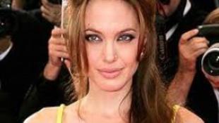 Angelia Jolie Sarah Jessica Parkerrel osztozik