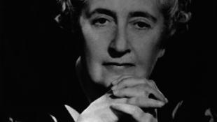 Ki minden idők egyik legsikeresebb írója?