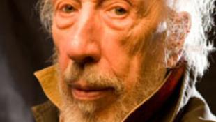 Elhunyt a meztelen képével elhíresült művész