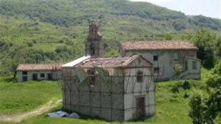 Eladó egy olasz falu