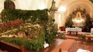Több láda mohából készült az ország legnagyobb betleheme
