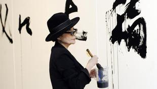Indulhat a Yoko Show!