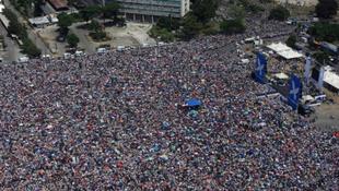 Félmilliós tömeg gyűlt össze a sztár békekoncertjén