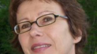 Temetkezési vállalat kirakatában tűnt fel az újságíró arcképe