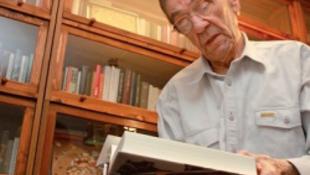 Elhunyt Menczer Gusztáv