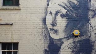 Megrongálták Banksy legújabb alkotását