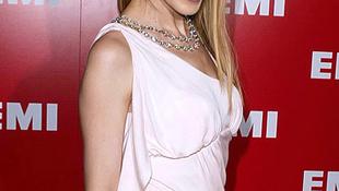 Kylie Minogue a szerelem határain