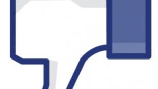 A szülők és a főnökök rontották el a közösségi oldalt