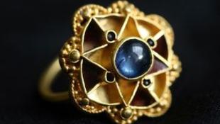 Mágikus gyűrűre bukkant egy amatőr régész