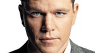 Matt Damon a falba verheti a fejét