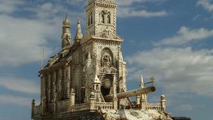 Harcba indulnak a templomok