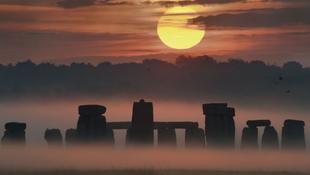 Zenei tulajdonságaik miatt választhatták a Stonehenge köveit
