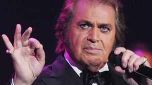 A 76 éves énekes győzni ment az Eurovíziós Dalfesztiválra