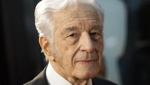 Elhunyt a legendás filmrendező