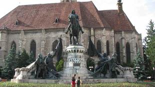 Végre összetart a magyar és a román
