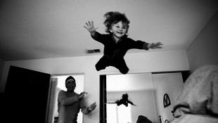 A hálón repült át egy négyéves kisfiú