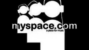 A Myspace teljhatalomra tör?