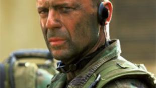 Lezárják Budapestet Bruce Willis miatt