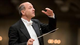 Fischer Iván mától a brit Királyi Zeneakadémia tiszteletbeli tagja