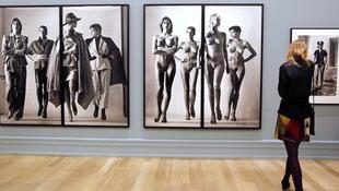 Helmut Newton kiállítás nyílik
