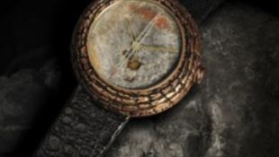 Aranyárban adják a dínóürülékből készült órát