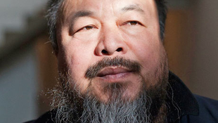 Ai Wei-wei arcával hirdeti magát egy sci-fi