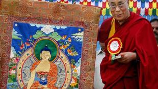 Budapest díszpolgára a Dalai Láma
