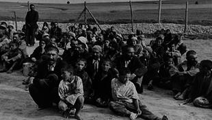 A holokauszt cigány áldozataira emlékeznek Budapesten