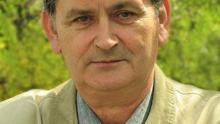 Elhunyt Sigmond István