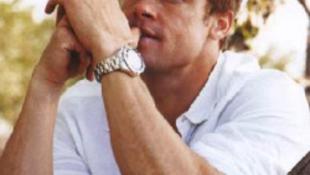 Na tessék: Brad Pitt máris felcsinált valakit