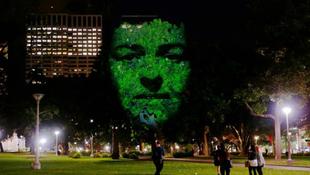 Kísérteties arcok bukkantak fel a parkban