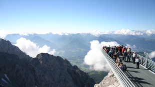 Megmagasítanak egy 3000 méteres hegyet Ausztriában
