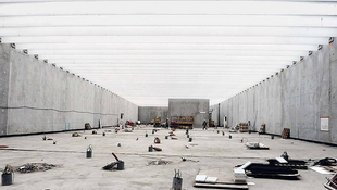 Költöztetik a Louvre műveit?